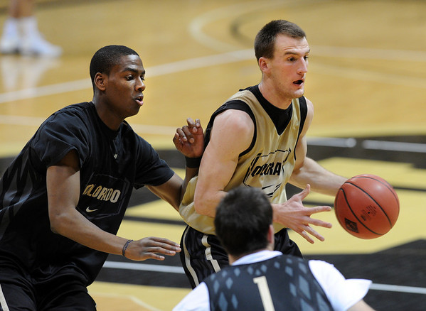 """Colorado Men practice103.JPG Alec Burks guards Levi Knutson during CU practice on March 15, 2011. The Buffs play Texas Southern in the NIT on Wednesday night.<br /> For more photos and a video interview, go to  <a href=""""http://www.dailycamera.com"""">http://www.dailycamera.com</a>.<br /> Cliff Grassmick / March 15, 2011"""