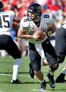 Colorado starting quarterback Nick Hirschman (8) set ups to hand the ball off against Arizona during the first half of an NCAA college football game at Arizona Stadium in Tucson, Ariz., Saturday, Nov. 10, 2012. (AP Photo/John Miller)