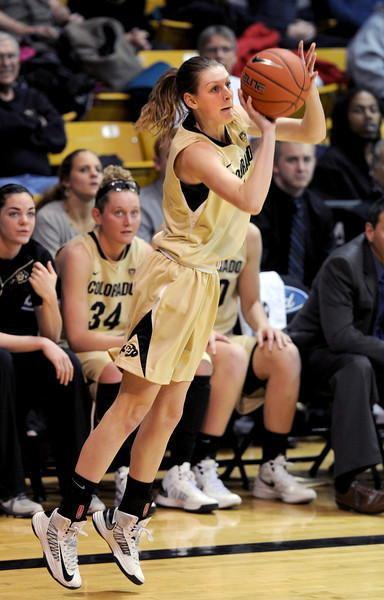 """Lexy Kresl of CU puts up a three on Oregon.<br /> For more photos of the game, go to  <a href=""""http://www.dailycamera.com"""">http://www.dailycamera.com</a>.<br /> Cliff Grassmick / February 10, 2013"""