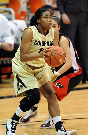Ashley Wilson of CU prepares to shoot against Western State.<br /> Cliff Grassmick / November 5, 2010