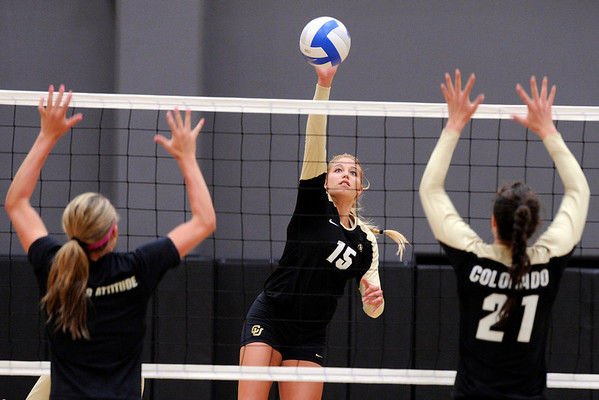 "University of Colorado's Nikki Lindow on Saturday, Aug. 20, during volleyball practice at the Coors Event Center on the CU campus in Boulder. For more photos of practice go to  <a href=""http://www.dailycamera.com"">http://www.dailycamera.com</a><br /> Jeremy Papasso/ Camera"