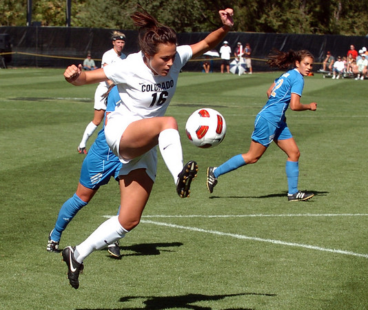 "Amanda Foulk of Colorado drives to the goal against UCLA on Sunday.<br /> For more photos of the game, go to  <a href=""http://www.dailycamera.com"">http://www.dailycamera.com</a>.<br /> Cliff Grassmick / September 19, 2010"