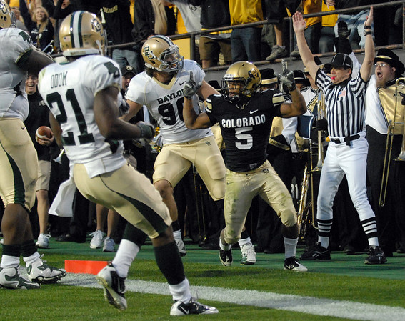 Rodney Stewart of CU scores against Baylor.<br /> Cliff Grassmick / October 16, 2010