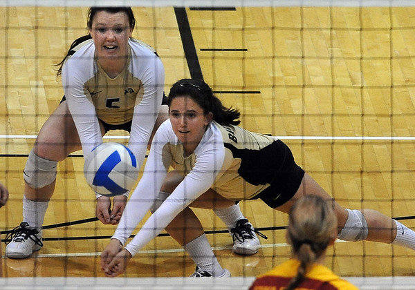 "Elysse Richardson of CU gigs out the ball against Iowa State.<br /> For more photos of the game, go to  <a href=""http://www.dailycamera.com"">http://www.dailycamera.com</a><br /> Cliff Grassmick / October 20, 2010"