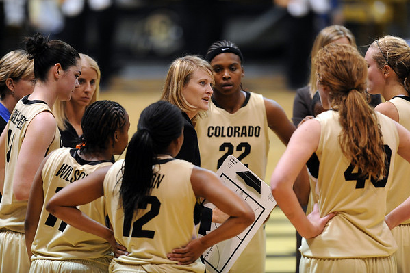 "Linda Lappe of CU  talks to her team during the Regis game.<br /> For more photos of the game, go to  <a href=""http://www.dailycamera.com"">http://www.dailycamera.com</a><br /> Cliff Grassmick / November 12, 2010"