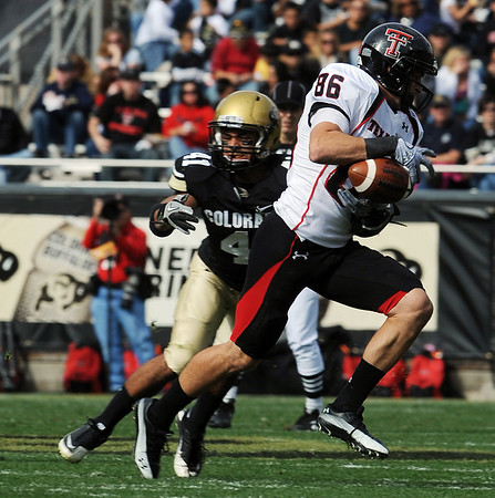Terrel Smith makes a tackle during the Texas Tech game.<br /> Cliff Grassmick / October 23, 2010
