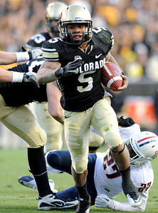 University of Colorado's Rodney Stewart rushes in for a touchdown in the fourth quarter of the football game against the University of Arizona on Saturday, Nov. 12, at Folsom Field on the CU campus in Boulder. CU won the game 48-29. For more photos of the game go to www.dailycamera.com Jeremy Papasso/ Camera