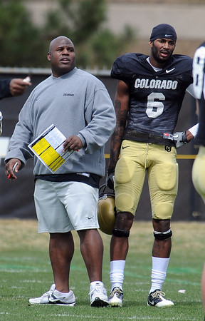 """CU Spring Football April 2011 90.JPG Eric Bieniemy works with the offense on Saturday.<br /> For more photos and a video of Embree, go to  <a href=""""http://www.dailycamera.com"""">http://www.dailycamera.com</a>.<br /> Cliff Grassmick/ April 2, 2011"""