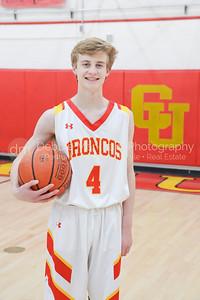 2018 Boys Basketball Forrest-1014
