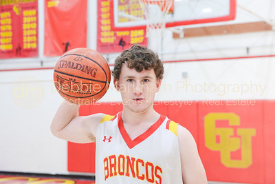 2018 Boys Basketball Riley-1017