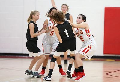 12-4-18 CUHS Girls Basketball v  SLO -7728