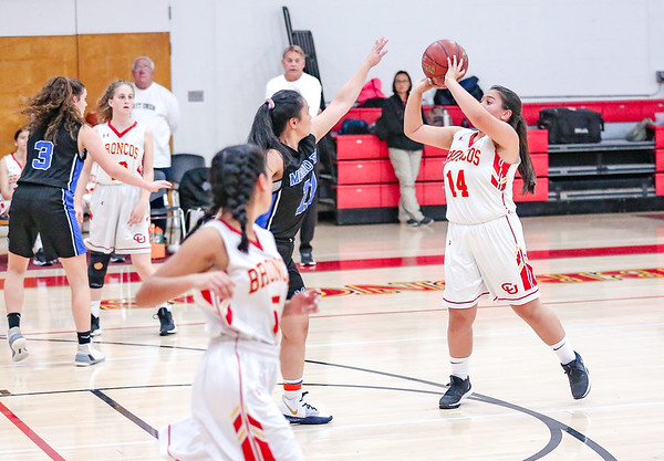 11-20-19 CUHS Girls Varsity BASKETBALL V  MB-17