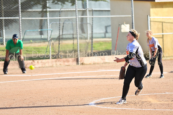 3-1-16 CUHS vs Templeton Softball-9604