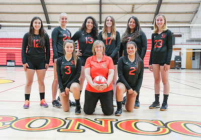 Varsity Volleyball 2018-9705-2