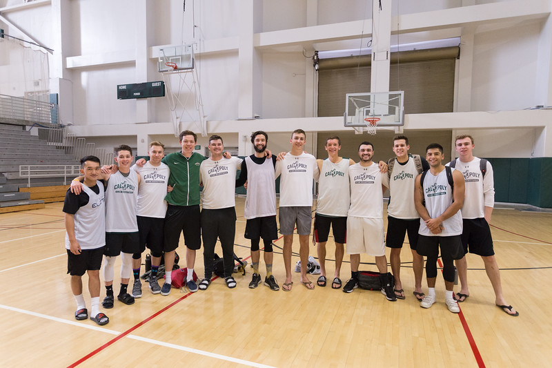 Club Men's Basketball Team photo. Photo by Alexander Bohlen.