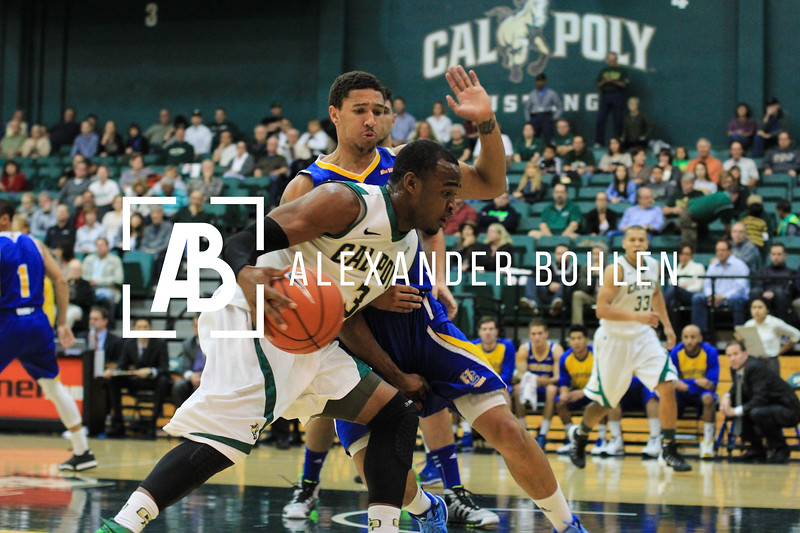 Cal Poly beats UC Riverside by 69 to 64.