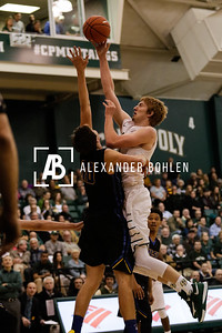 Cal Poly pushed to almost defeat UCSB in the last minute of the game but fell short. 73-76. Mott Gym, Cal Poly, San Luis Obispo, CA. Jan 14th, 2016. Photo by Alexander Bohlen.