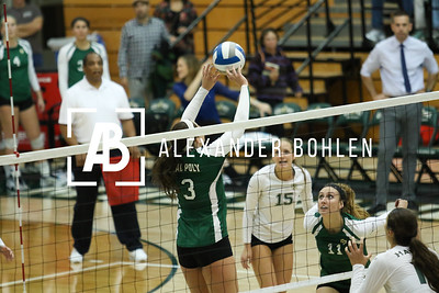 Cal Poly vs Hawaii at Cal Poly Mott gym. November 22, 2014. Photo by Alexander Bohlen