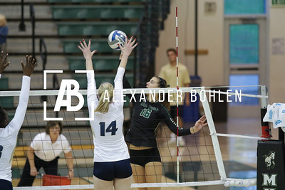 Cal Poly Women's Volleyball goes against UC Davis in Mott Athletic Center on Nov 7th, 2015. Photo by Alexander Bohlen