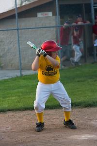Buffalo WW Piratea_Gal Nissan Red Sox 051011_5479