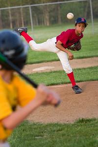 Buffalo WW Piratea_Gal Nissan Red Sox 051011_5458