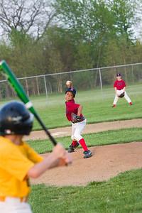 Buffalo WW Piratea_Gal Nissan Red Sox 051011_5450