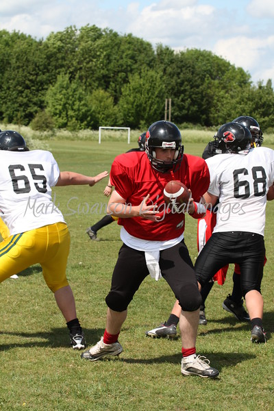 Quarterback peels away