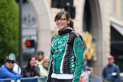 Cat 4 Women / Citizen: 2.Sarah Clarke (dEVO)