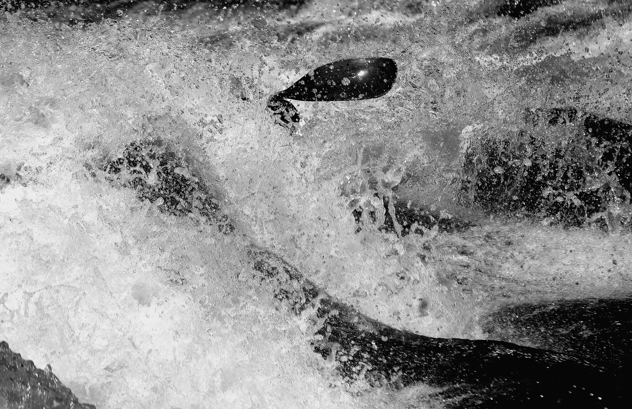 Black paddle