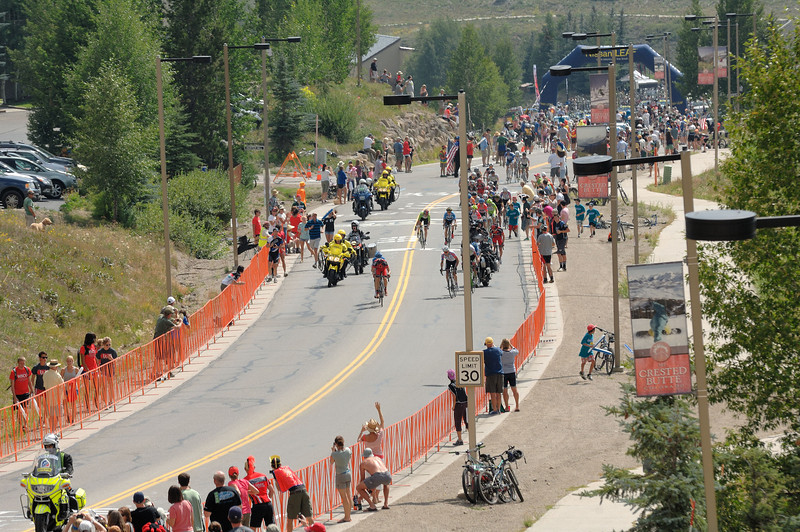 Usa pro cycling challenge ..2nd stage climbing to Mt Crested-Butte