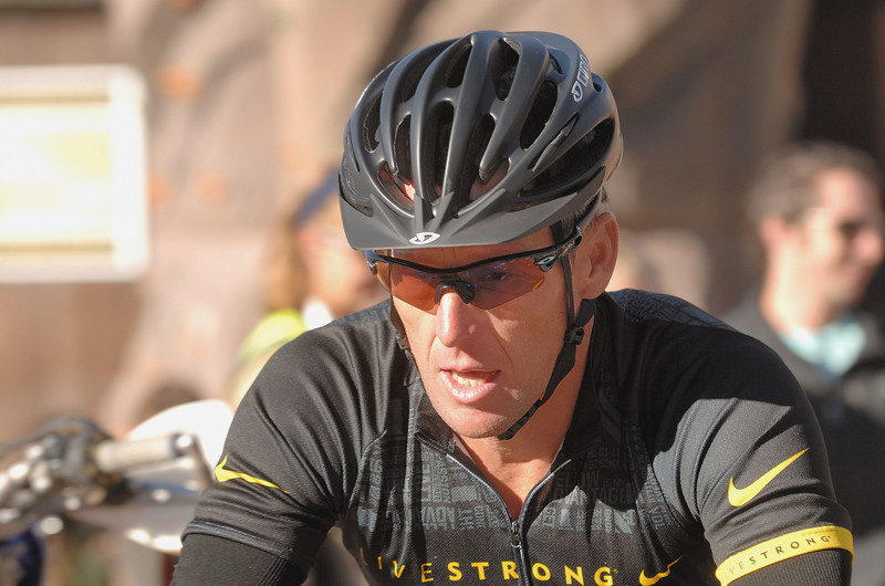 Lance Armstrong . Alpine Odyssey in Mt Crested -Butte .( 64 miles / 104 km mountain bike race )