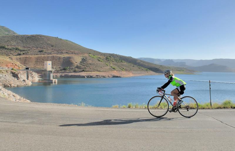 Ride the Rockies 2012 along Blue Mesa