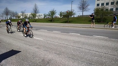 Jason in the final sprint of the 4/5