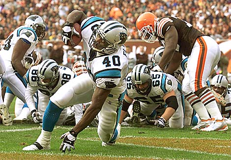11/21/99: Carolina Panther's William Floyd glides into the endzone for his first touchdown in the second quarter of play Sunday afternoon against the Cleveland Browns. The Panthers went on beat Cleveland 31-17.