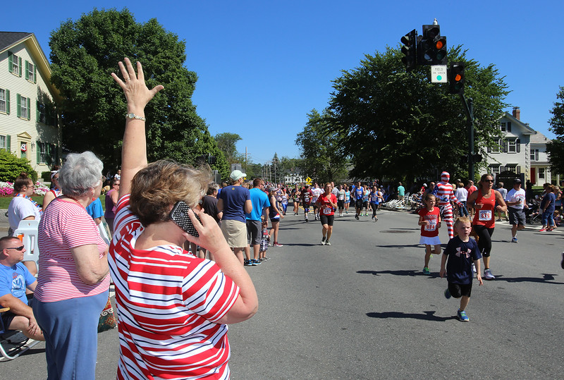 Annual 2-mile John Carson Road Race before the Chelmsford 4th of July parade. (SUN/Julia Malakie)