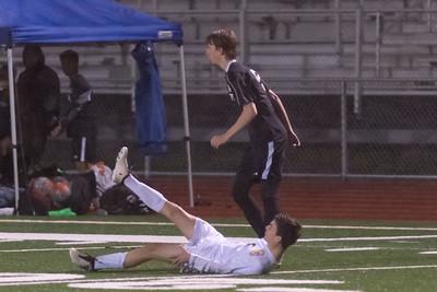 Casa vs Windosr Boys Soccer-003