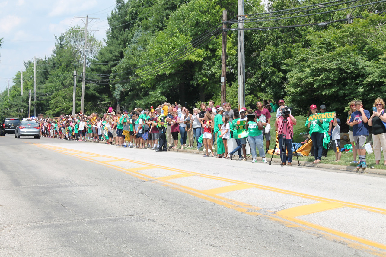 LAWRENCE PANTAGES / GAZETTE A crowd estimated at 2,000 welcomed home LeBron James to Bath Township on Monday afternoon after the Cavaliers returned from defeating the Golden State Warriors Sunday night in Oakland, Calif.