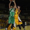 Wowie Escosio battles under the basket