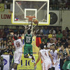 Mike Harry Nzeusseu attempts a layup. (Jonathan Vincent Tan/Sunnex)