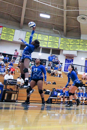 CHATAHOOCHEE VARSITY VOLLEYBALL (4 of 19)