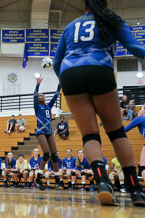 CHATAHOOCHEE VARSITY VOLLEYBALL (8 of 19)