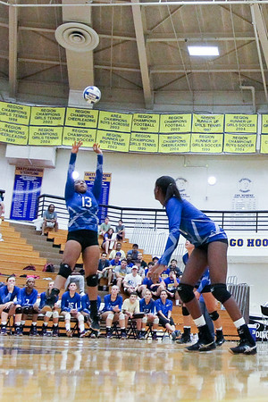 CHATAHOOCHEE VARSITY VOLLEYBALL (6 of 19)