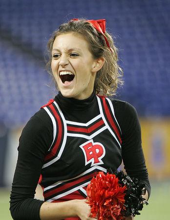 2005 EPHS Cheerleaders (Oct-31-05)