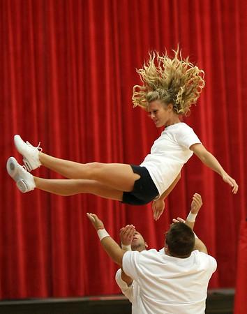 2007 Grace College Cheerleaders (Oct 19, 2007)