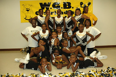 2006 Bulldog Cheerleaders. 2nd & 5th Grade. Wichita, Kansas.