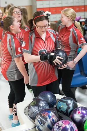 12-04-17 Bowling CV vs SV