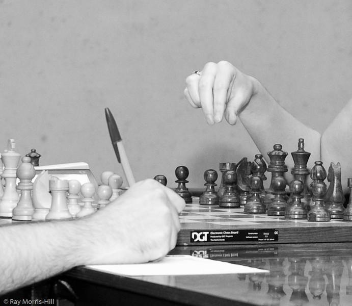 Nick Pert vs Jovanka Houska - Round 7