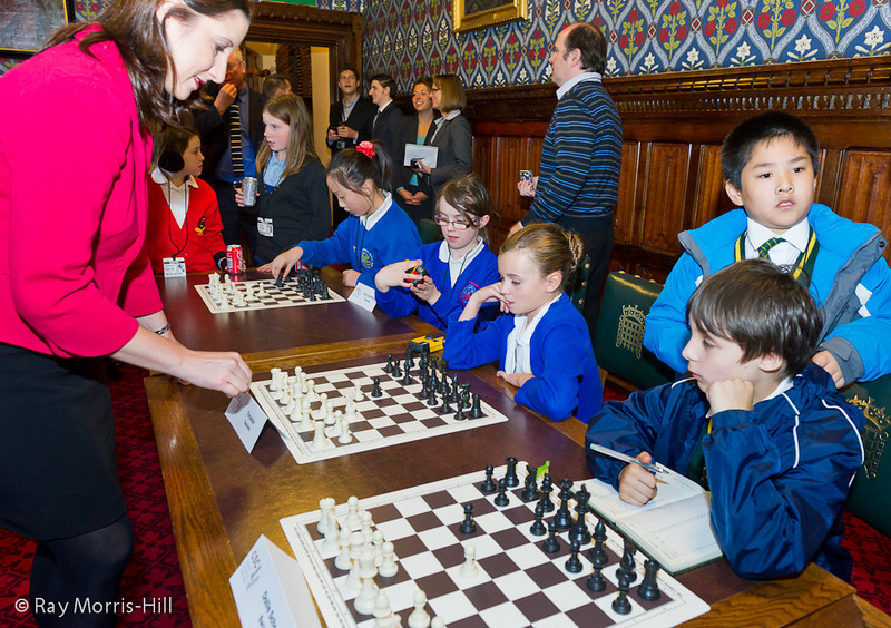 8705 - Rachel Reeves MP takes on children from Throston Primary School, Middlesbrough and Dollis Junior School, Barnet