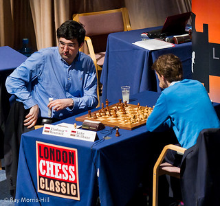 Vladimir Kramnik takes an effervescent drink  to put some fizz in his Round 8 game against Luke McShane