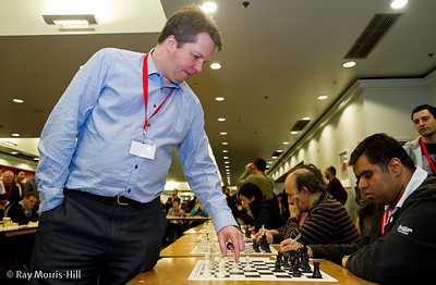 Nigel Short's simultaneous display on 7 December 2012